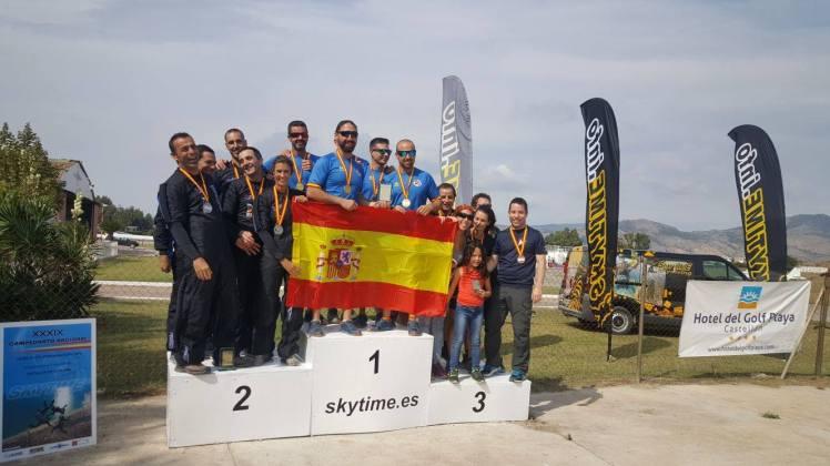 campeonato_nacional_de_vuelo_en_formacion_campeonato_de_paracaidismo