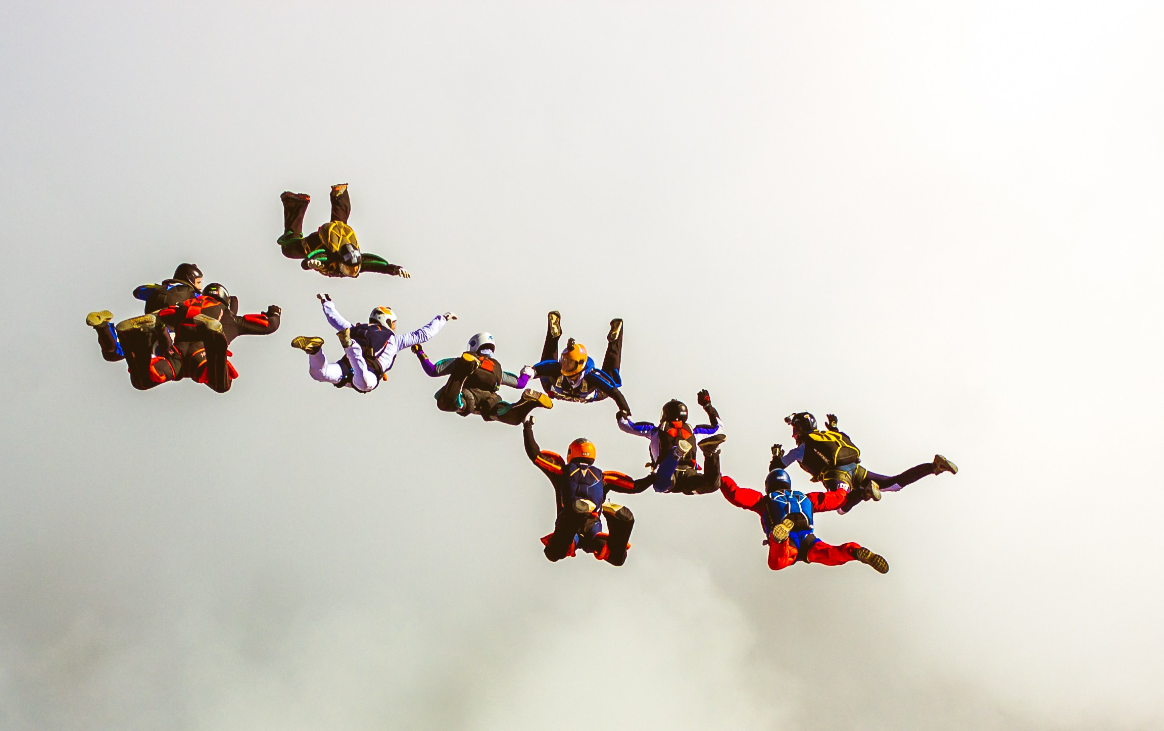 salto_paracaidas_vuelo_en_formacion