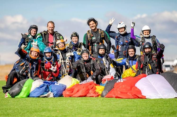 record_español_vuelo_formacion_12way_paracaidismo